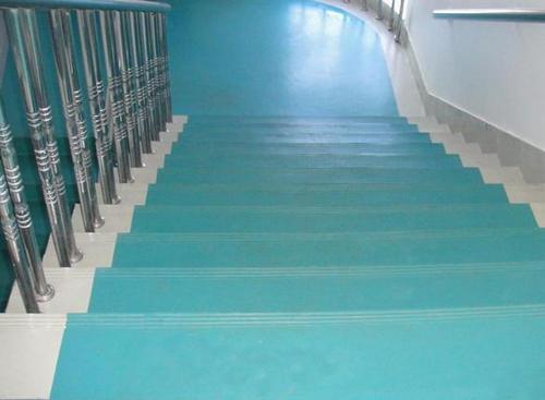 一二三四五,五步告诉你塑胶地板施工后胶水的清理工作