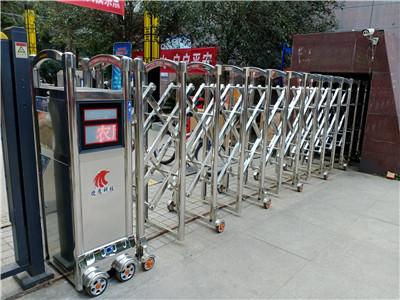 捷鹰科技-龙泉驿区6.5米伸缩门安装案例