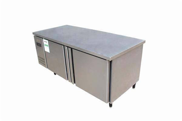 平冷工作台