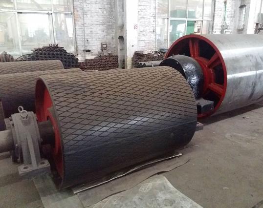 为柏通建筑安装工程提供陕西滚筒包胶供应