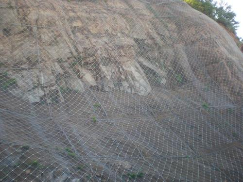 四川边坡防护网安装的注意事项