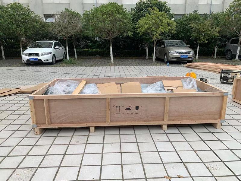 木包装箱设计