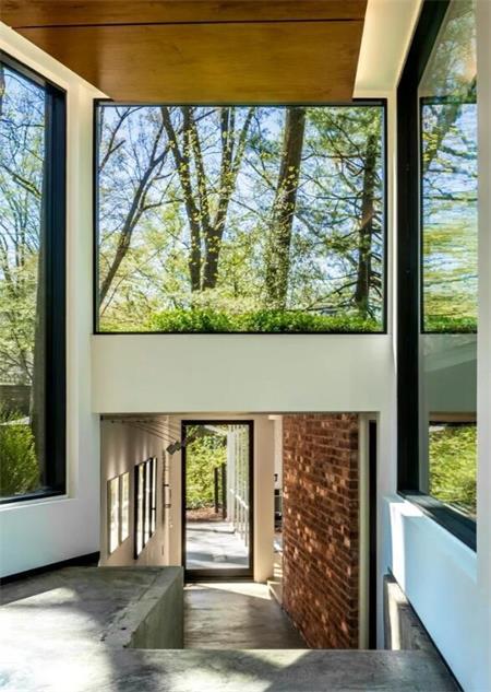 双重现代轻钢结构住宅