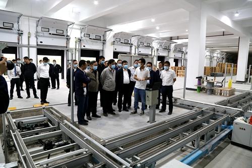 中国铁路集团有限公司领导及一行视察指导 长沙霞凝货场立体冷库建设工程