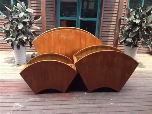 磊胜源防腐木