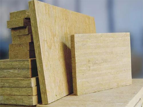 运用于外墙上的成都岩棉板有哪些特点