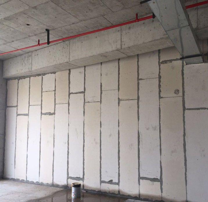 某商业楼使用轻质隔墙板施工  方便快捷