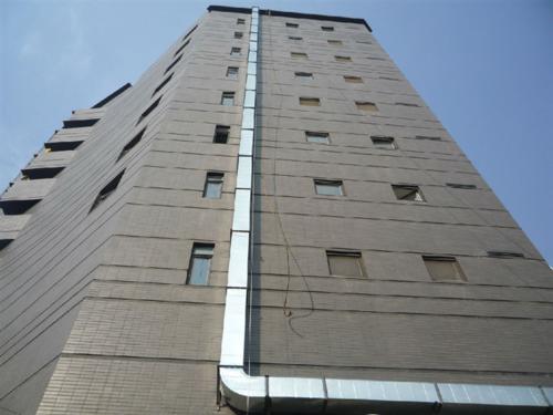 大楼安装通风管道示例图片