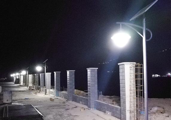 LED材质的太阳能路灯有什么价值呢?