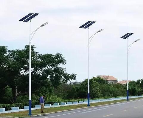太阳能路灯的几大优势以及特点还是我给你解释吧