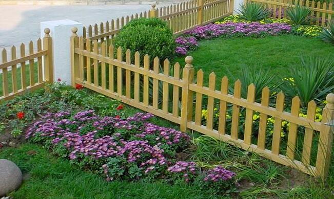 襄阳防腐木花园木栅栏