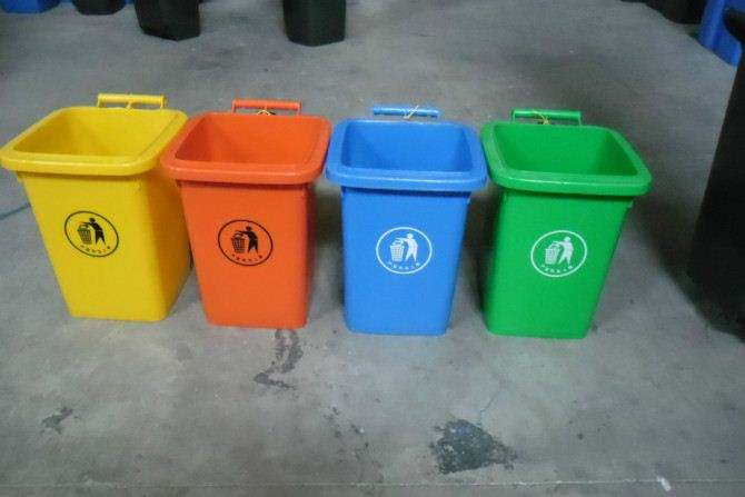 成都垃圾桶果皮箱厂家