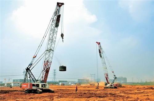 斯里兰卡哈曼吐坦中海油强夯项目