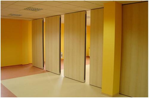 四川雅斯丽建筑装饰材料有限公司专心于成都活动隔断厂家详谈活动高间隔的全体造型