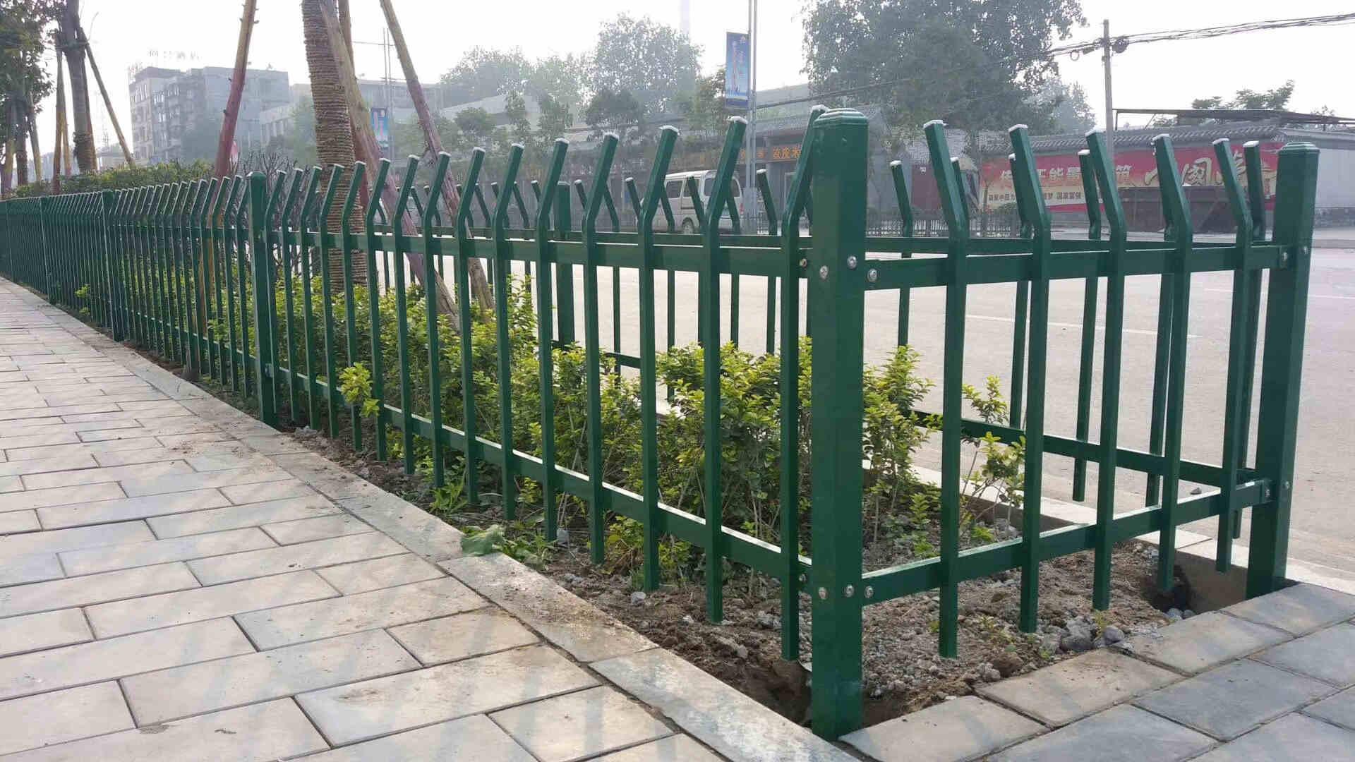 红运草坪护栏
