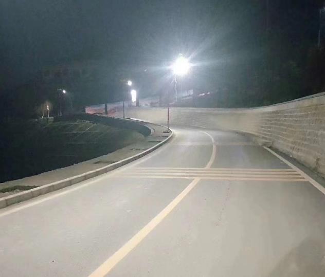 为安康市汉滨区大河镇提供陕西太阳能路灯工程施工