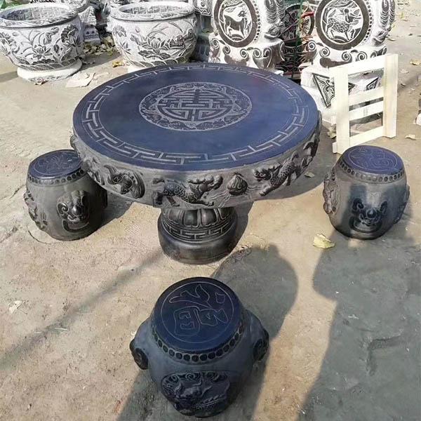 庭院石桌石凳设计中布局要点你知道多少?