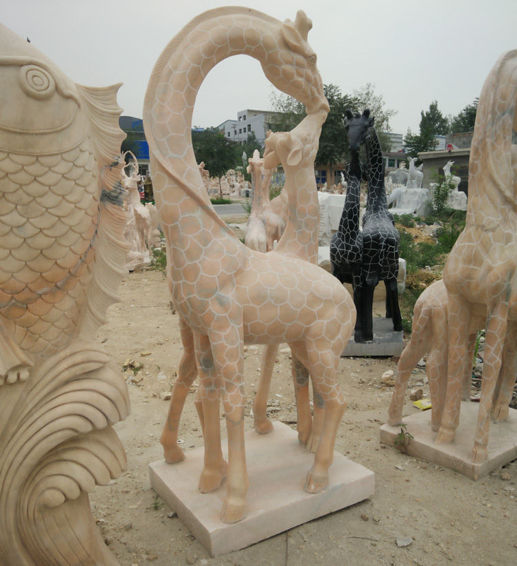 亲子鹿雕塑