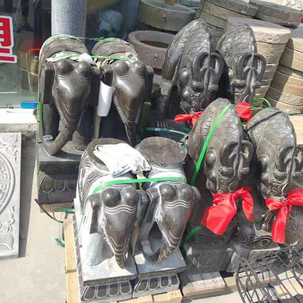 大象石雕塑