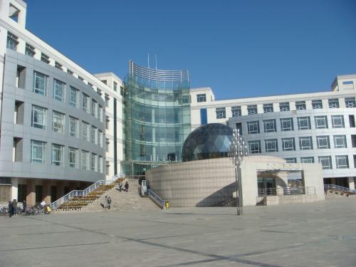 英凯货架制作与内蒙古农业大学合作