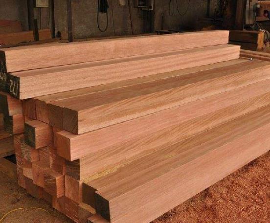 告诉大家为什么木制花架需要防腐处理