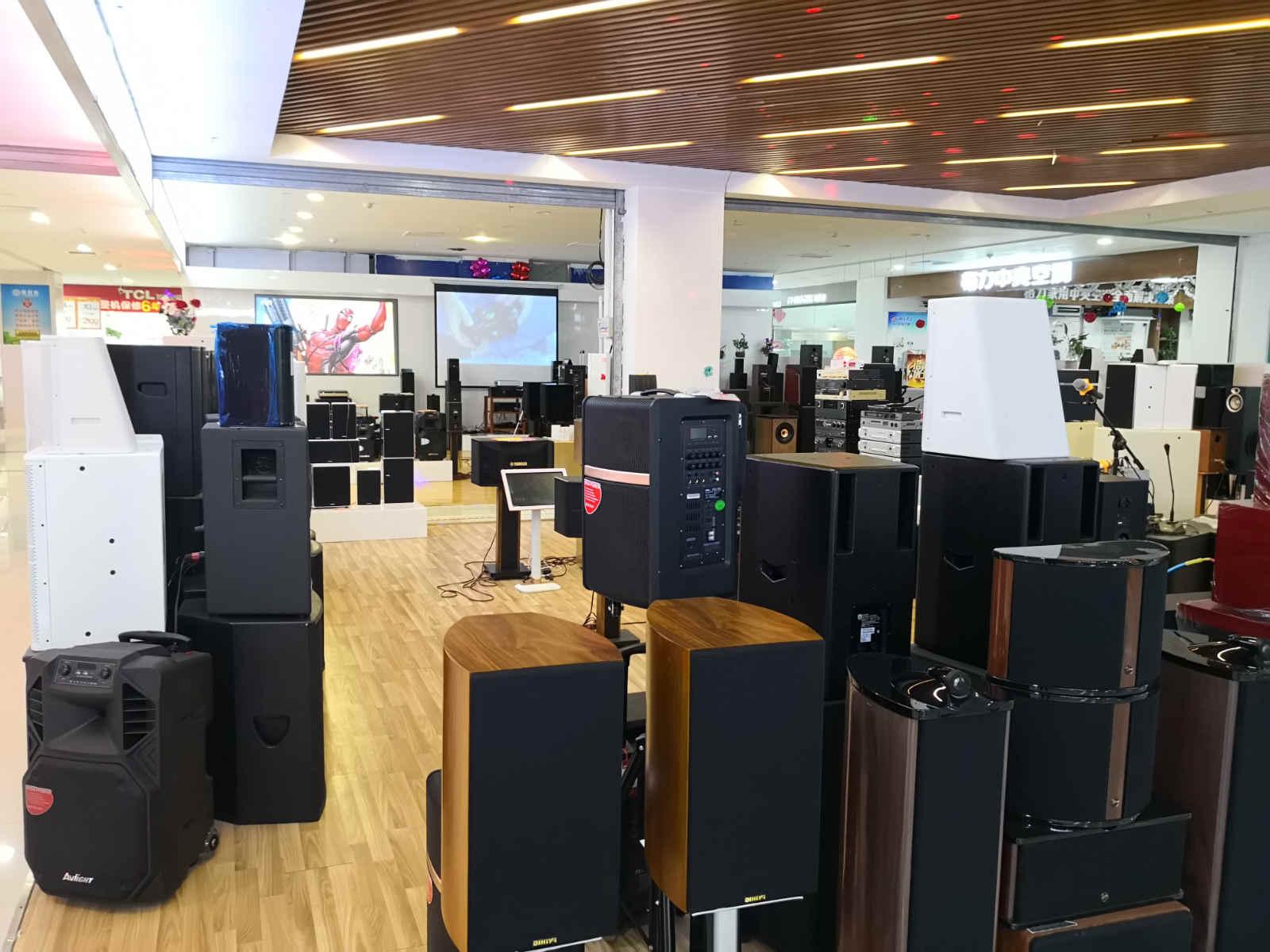 南阳智能娱乐点歌系统卖场展示图
