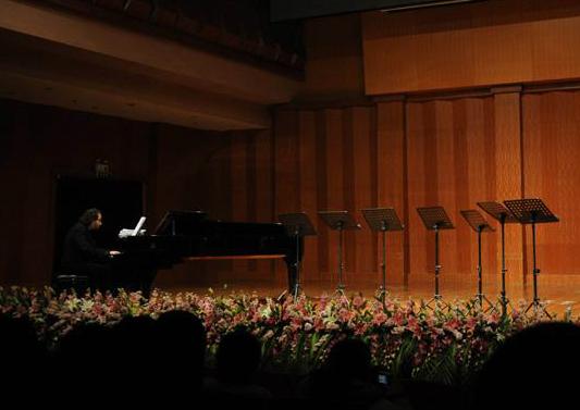 音乐会场使用灯光音响案例展示