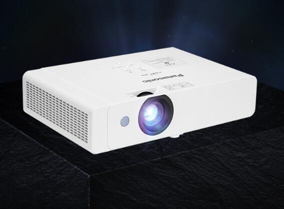 松下投影机PT-X328C