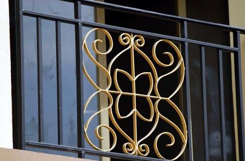 想要选择优质好铁艺护栏,需要掌握这4点方法!