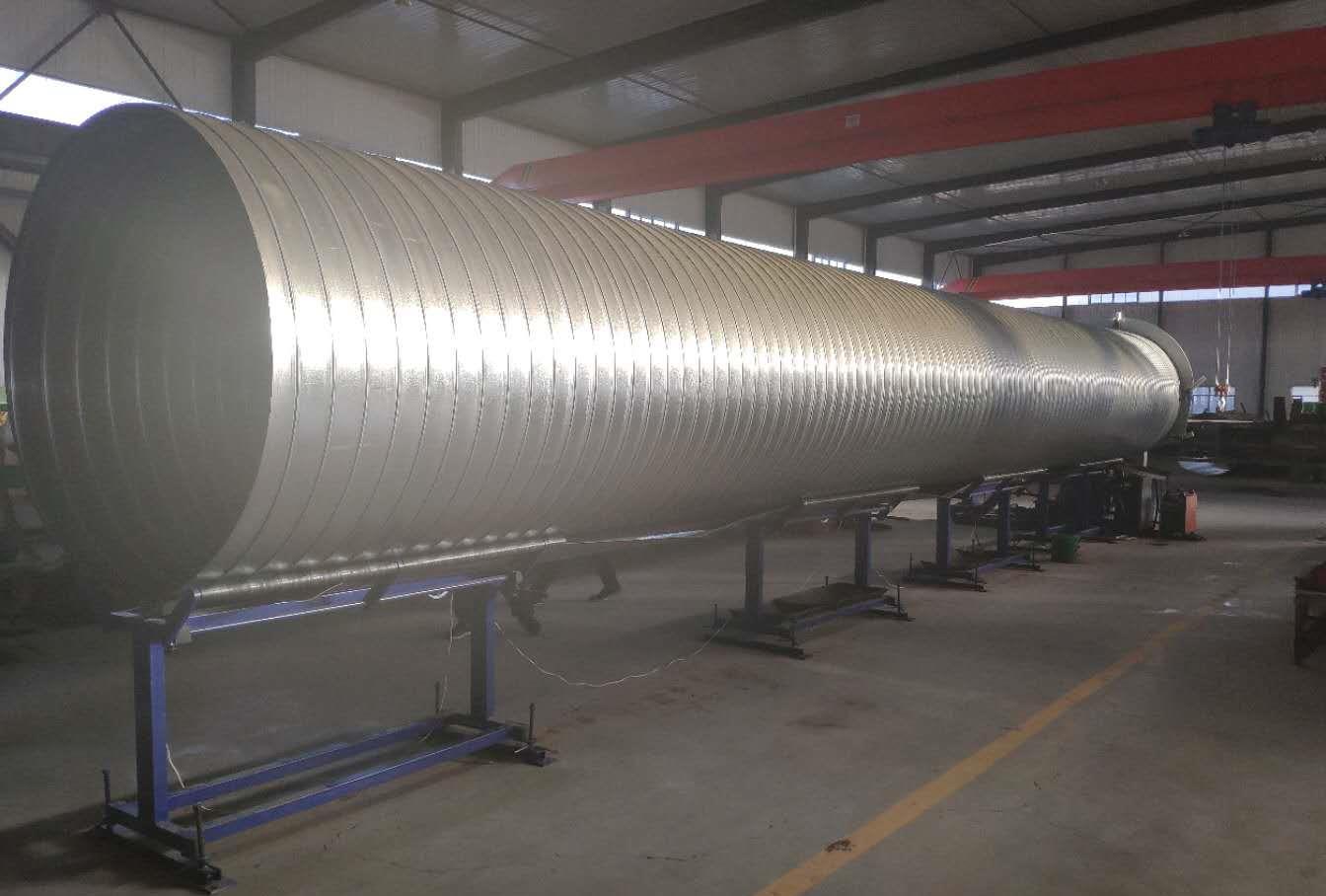镀锌铁皮保温管生产车间