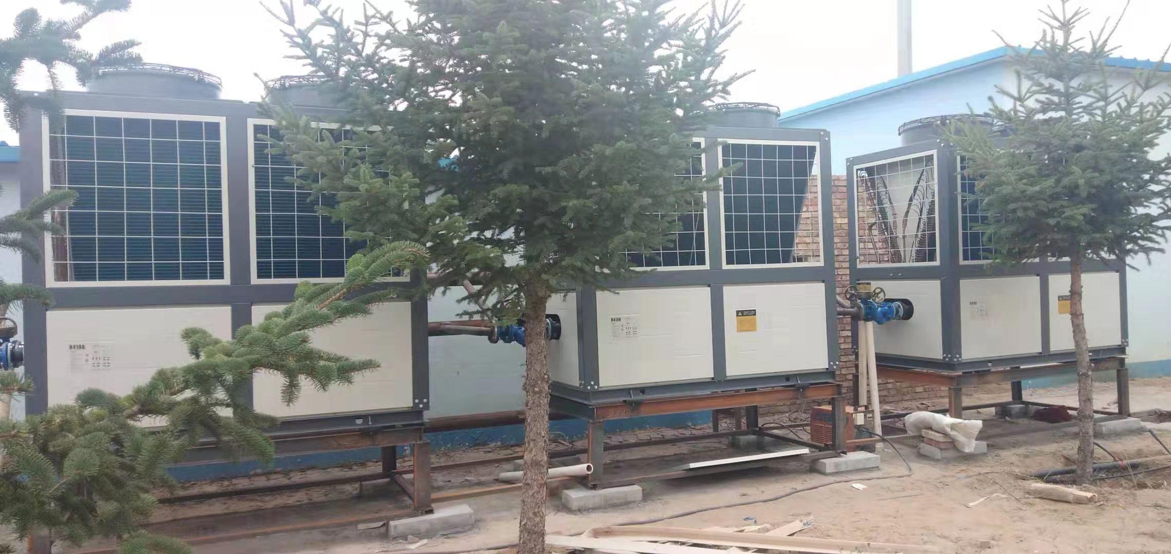 鄂尔多斯市鄂托克旗驾校一千三百平米空气能热泵供暖合作案例