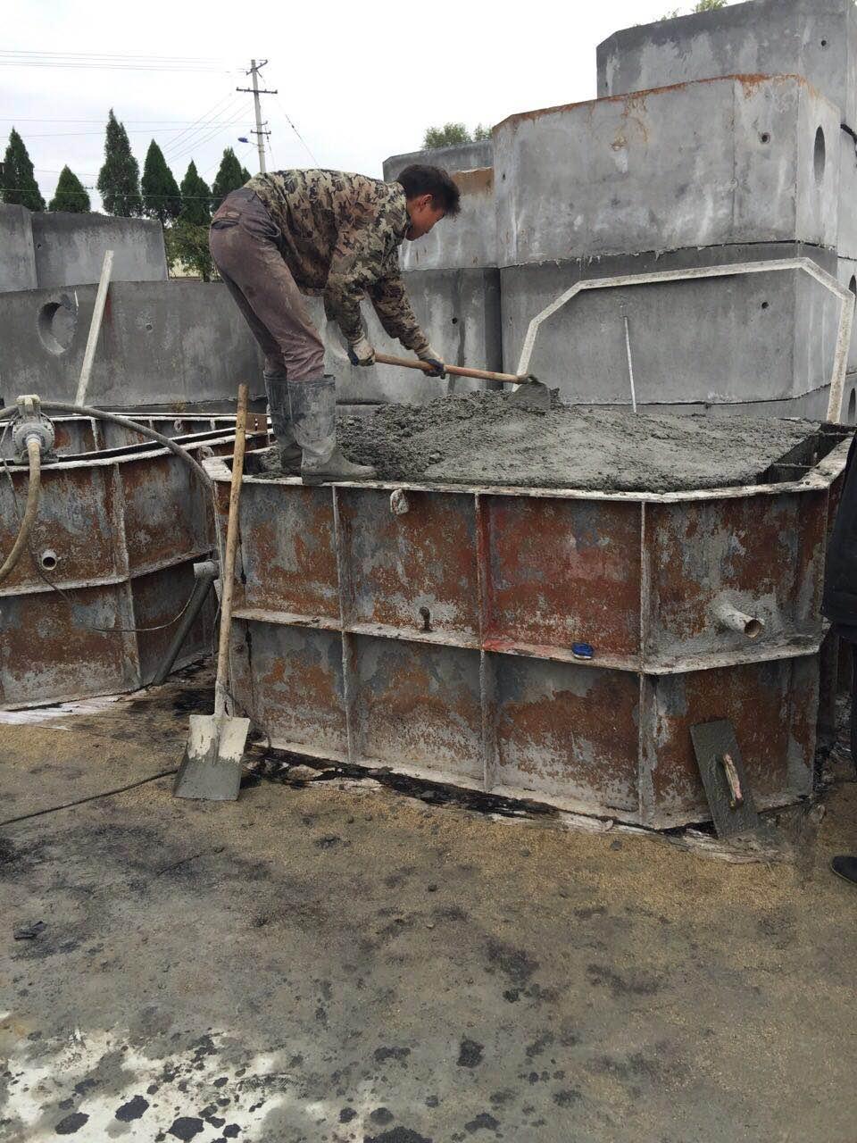 东博环保化粪池生产现场