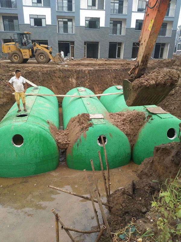 东博环保商砼一体式化粪池施工