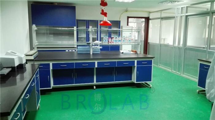 实验室控制台