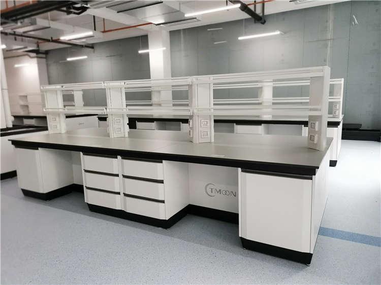 西安实验台厂家告诉你如何确保实验室安全