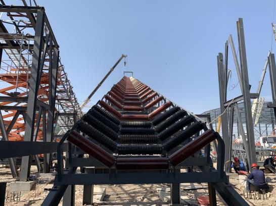 甘肅黑河水電正在安裝一林設備