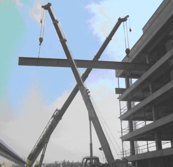 某建筑工地使用手拉葫芦建设展示