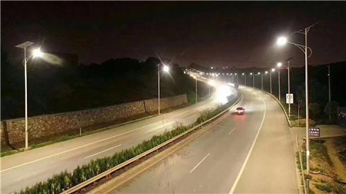 武汉太阳能路灯批发