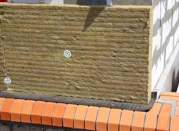 岩棉板的应用及岩棉保温板工艺步骤