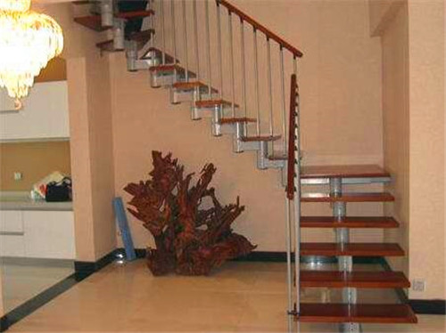 湖北钢木楼梯