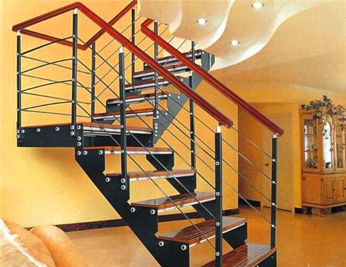 武汉钢木楼梯哪家好?