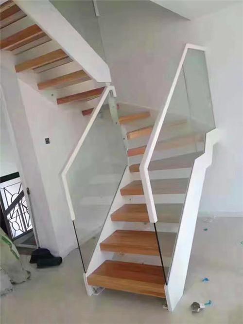 武汉玻璃楼梯价格怎么样