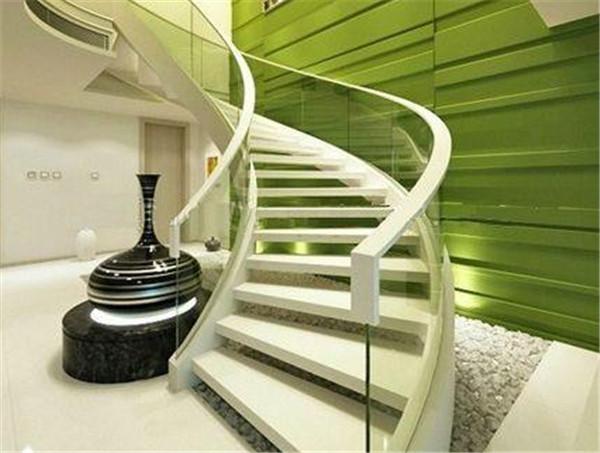 个性创意复式阁楼室内楼梯设计要点