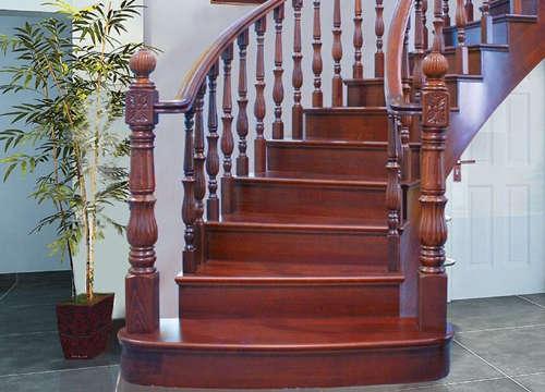 实木楼梯如何保养你知道吗?快跟我一起来学习吧