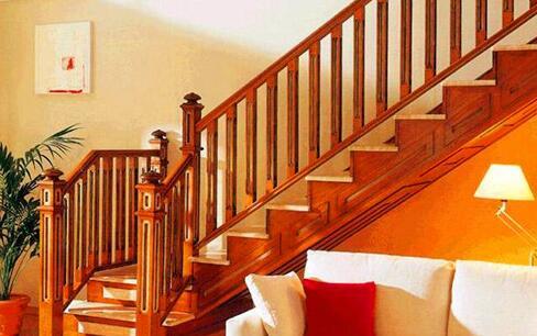 如何安装木制楼梯?西安实木楼梯厂家给我们具体的详解?