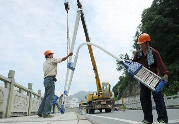 陕西高杆灯安装施工案例展示