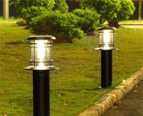 太阳能草坪灯的原理和优势是什么?