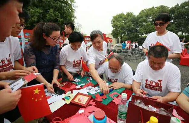 军歌嘹亮--中国人民解放军军歌主题展服饰由金衫提供!