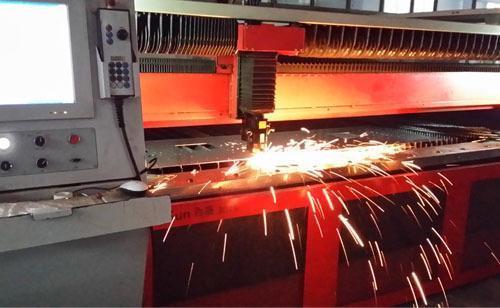 如何控制不锈钢激光切割的垂直度