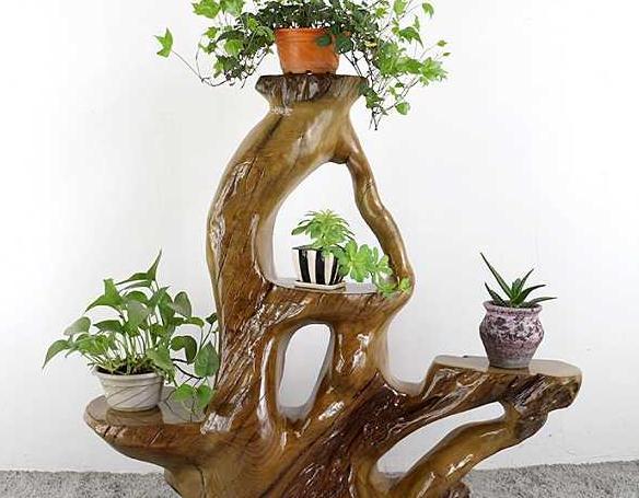 崖柏雕刻出来的各有千秋的花架有什么特色呢?